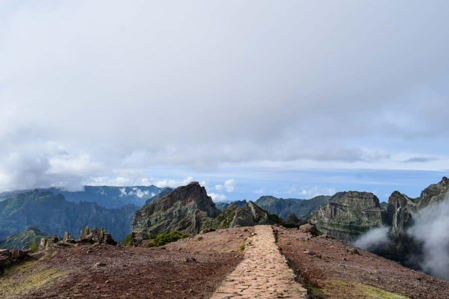 Pico-Ruivo-hiking-trail-Madeira (1)