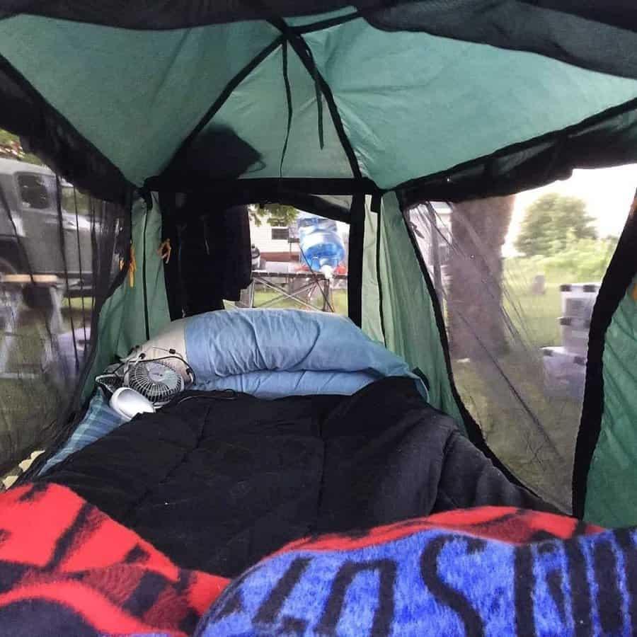 comfort in tent cot