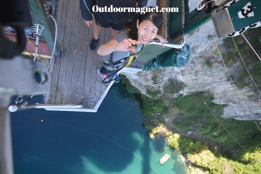 bungee jumping in new zealand (1)