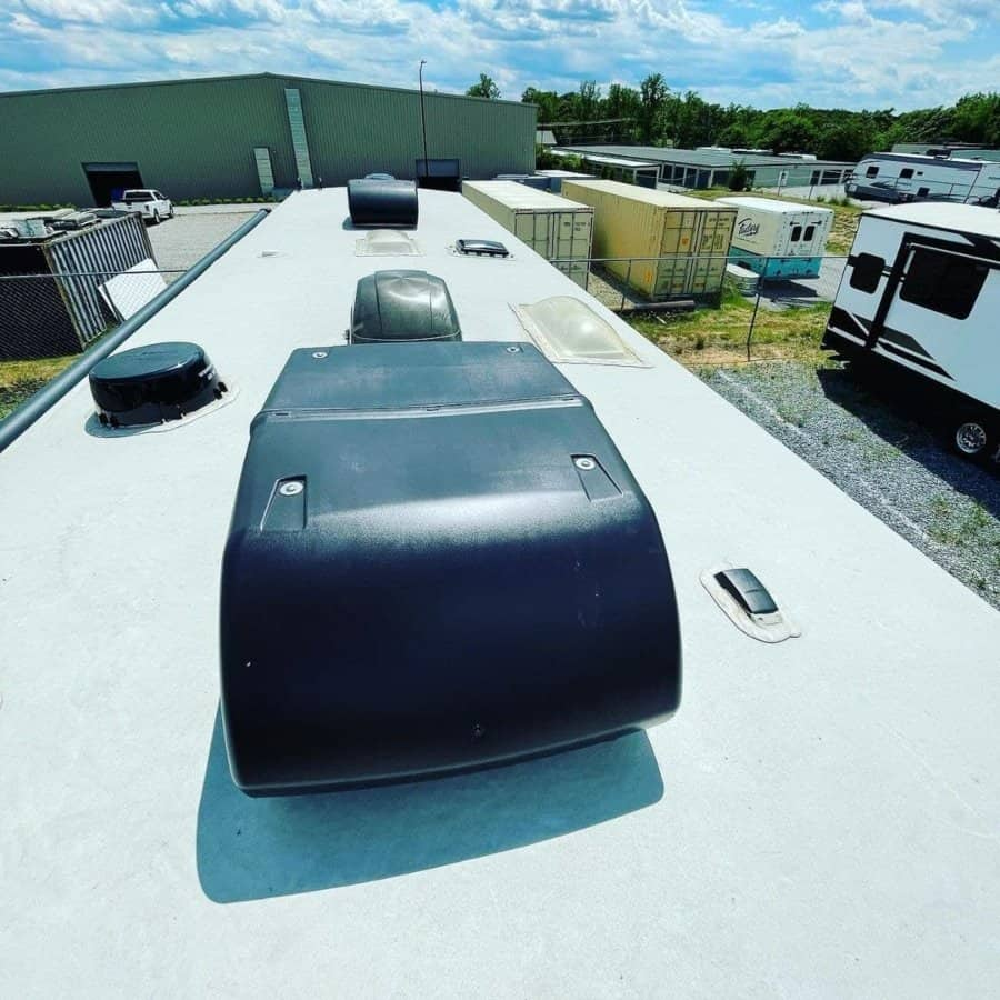 Best RV Air Conditioner Credit@tsquadrving